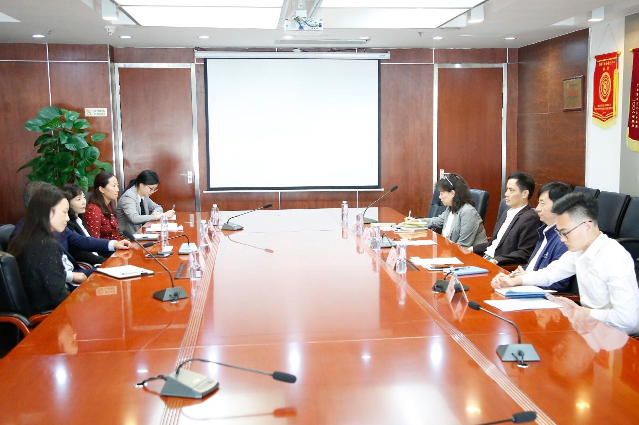 南山区领导莅临中安信业开展挂点服务企业调研